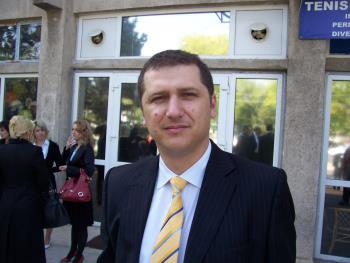 Iubaretul Nicolae Catalin Stanica din ISJ Braila a fost demis